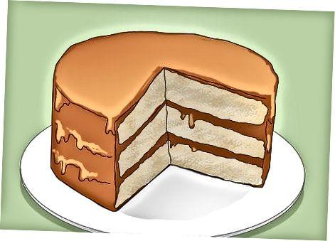 केक बनाना