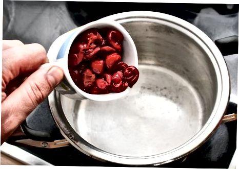 Cherry Jam voorbereiden