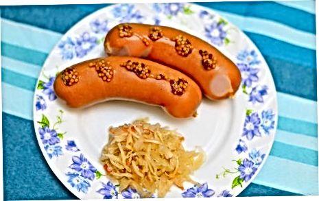 Qaynayotgan Knockwurst