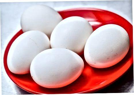 Ndarja e të bardhëve të vezëve