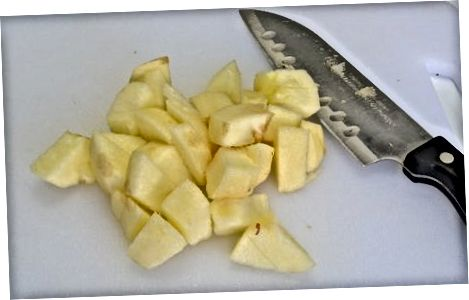 Marrja e mollës së bërë në shtëpi