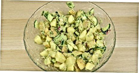Kremsi avakado kartoshka salatini tayyorlash