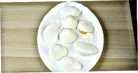 Fazendo ovos escalfados com antecedência