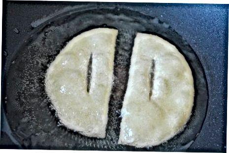 Fritar e servir os Fry Jacks