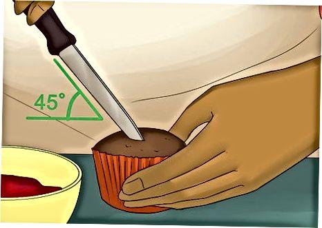 Usando uma faca de aparar