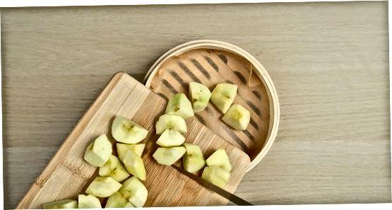 Rjúkandi epli í bambus gufu