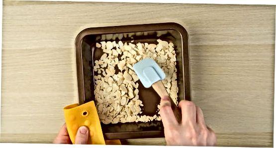 Cuinar ametlles tallades al forn