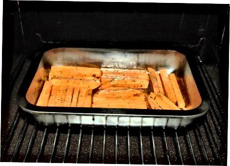 Metóda tretí: Pečené hranolky zo sladkých zemiakov