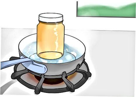 Tar honning trygt