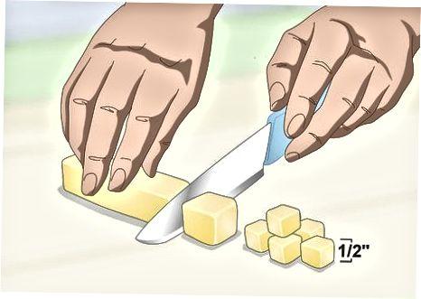 Mit den Fingern einschneiden