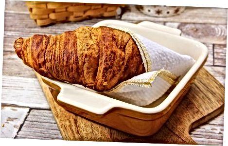 Ushqimi i Croissants thjeshtë