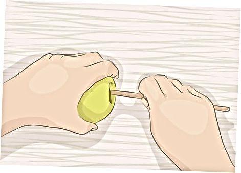 Posant caramel a les pomes