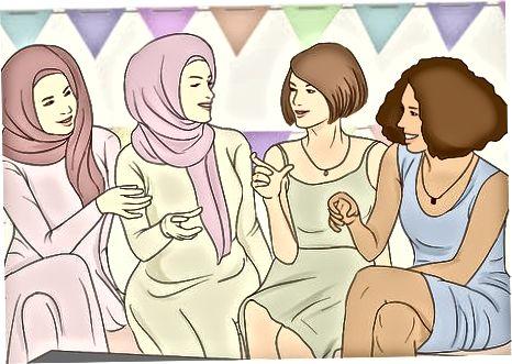 Opierať sa o priateľov, aby sa cítili pohodlnejšie
