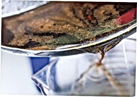 Molho com pingos de panela e farinha [2] X Fonte de pesquisa