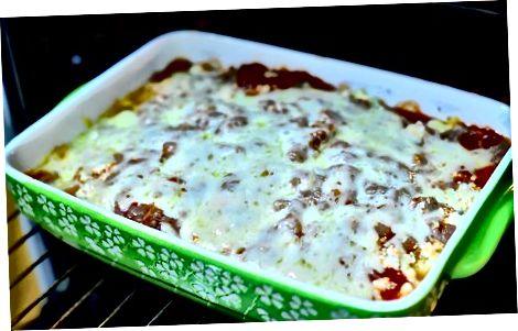 Bake და ემსახურეთ Lasagna