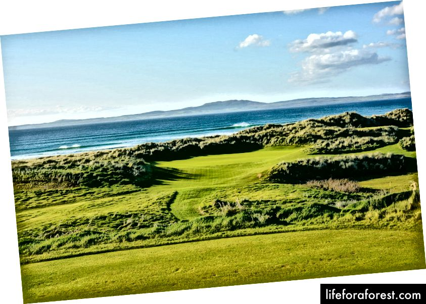 Lỗ thứ 9 tại Câu lạc bộ Golf Machrie Links trên Islay