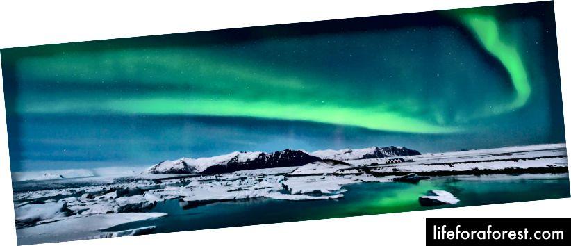Cực quang Borealis trên Iceland