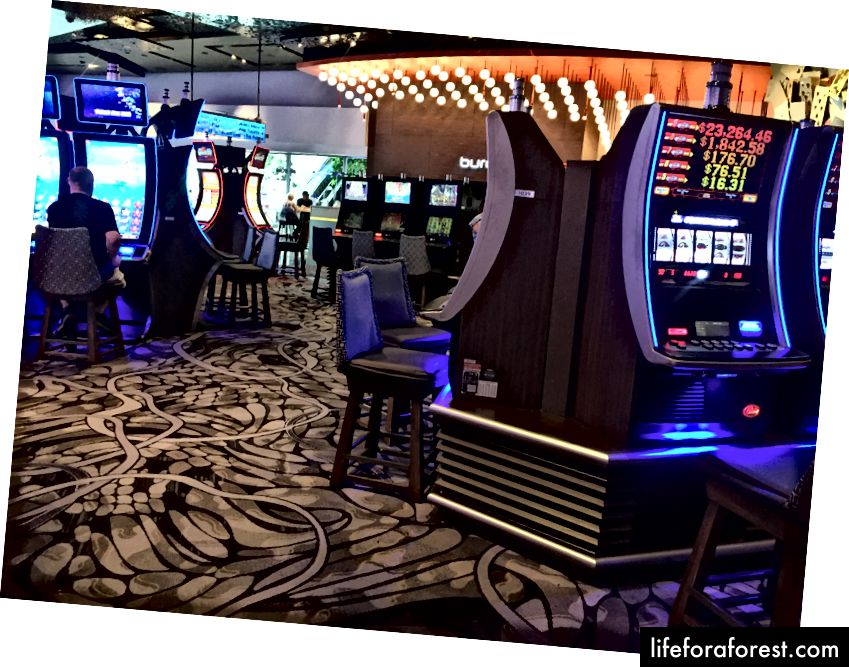 Til og med spilleautomatene på Aria er bærekraftige, siden basene deres fungerer som aircondition.