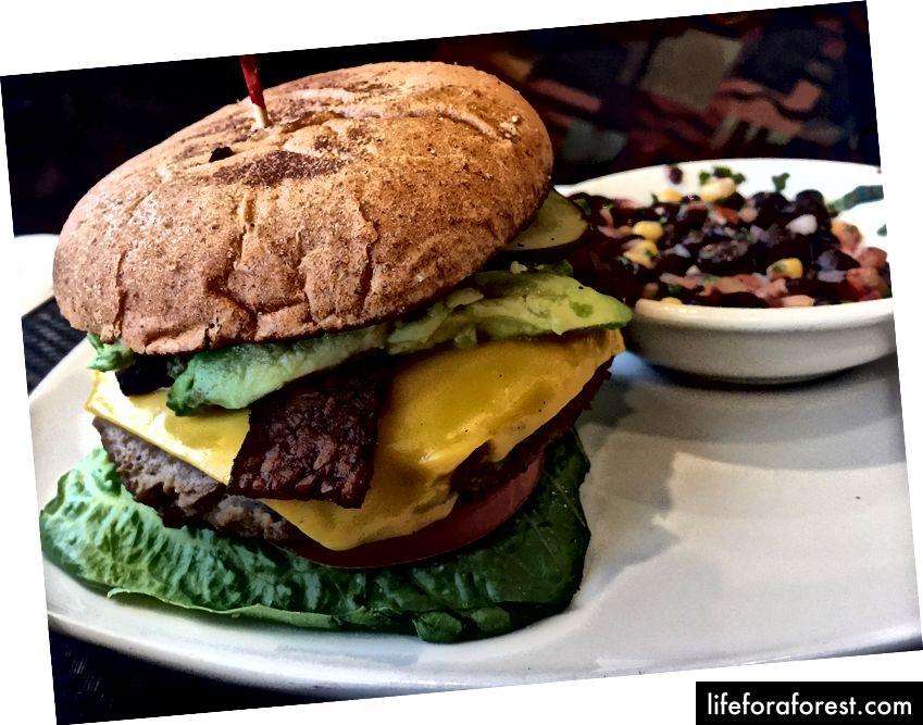 Violette's 'cheezeburger' - Viva Las Vegans! Byen gjennomgår sakte en plantebasert revolusjon.