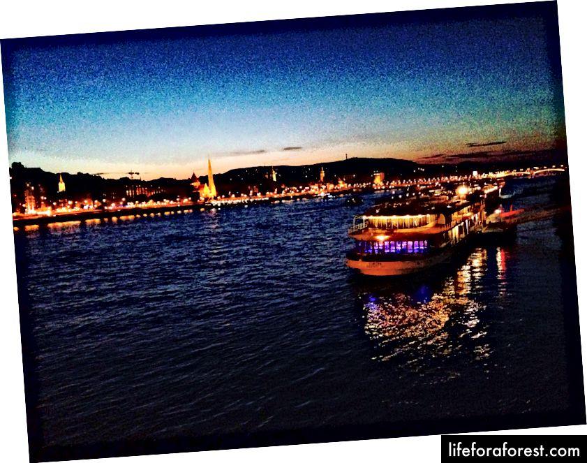 Viên ngọc sông Danube!