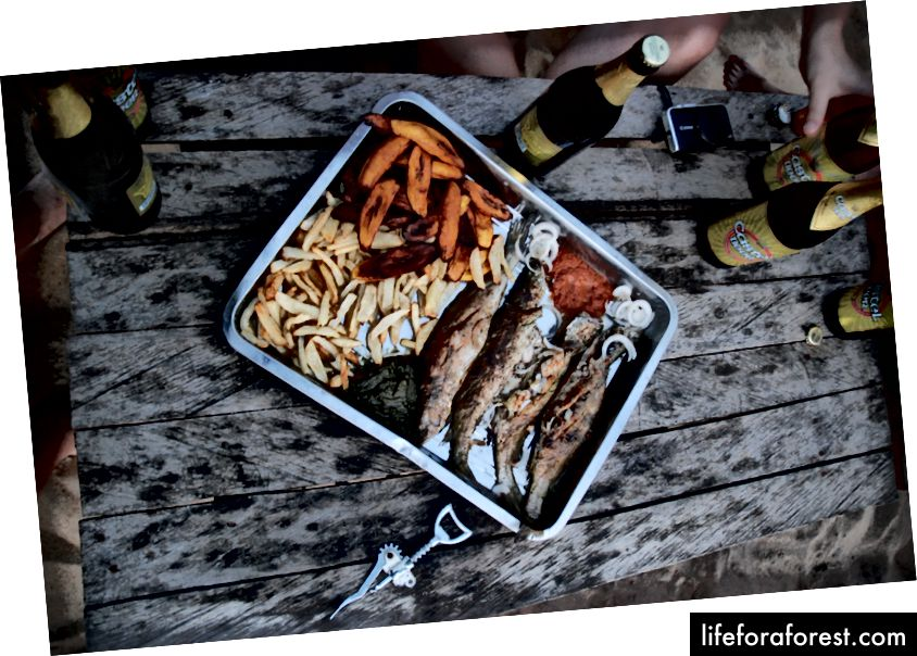Geleneksel Izgara Balık ve Patates Kızartması