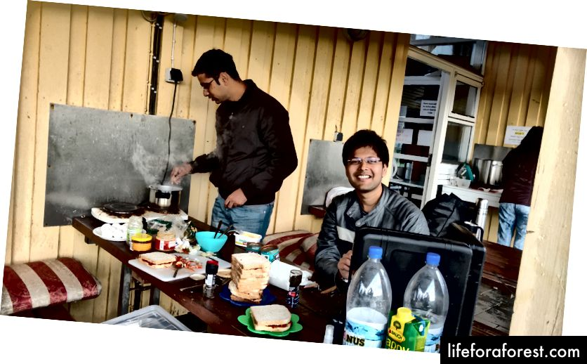 Da disse to lagde frokost til alle sammen;)