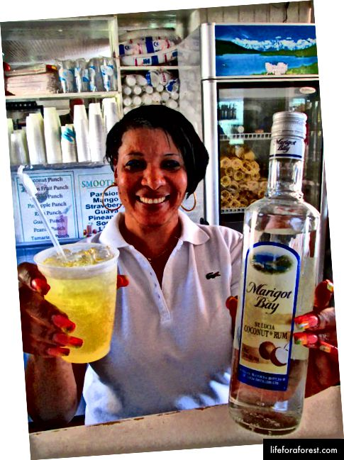 Marigot Bay Coconut Rum (kredit foto: cruisecritic.com)