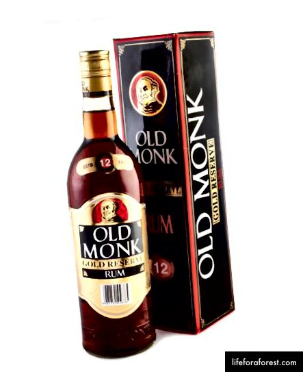 Old Monk Gold Reserve 12 Year Rum (foto credit: boozecompany.com.au)