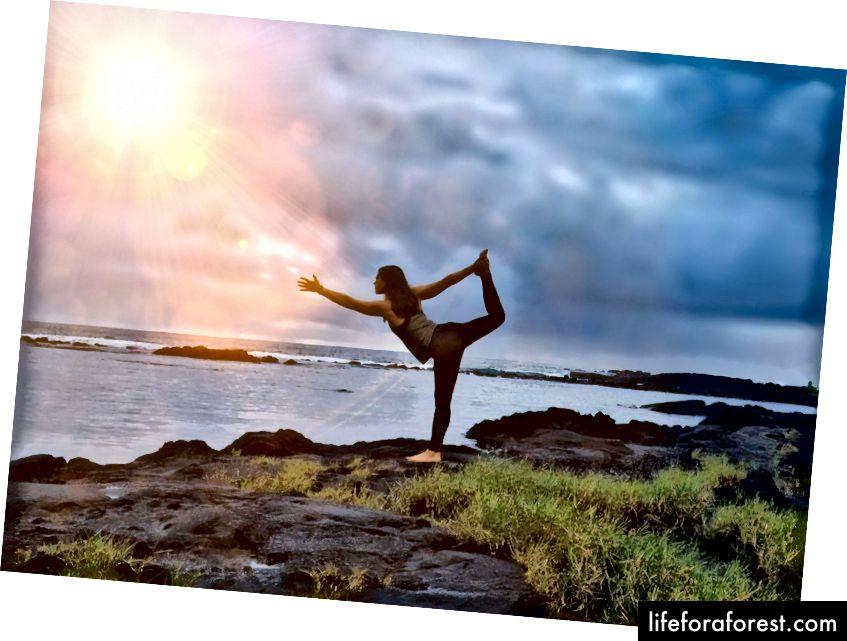 Tai aš - tekanti prie vandenyno ir gyvenanti svajonę gražioje Didžiojoje saloje.
