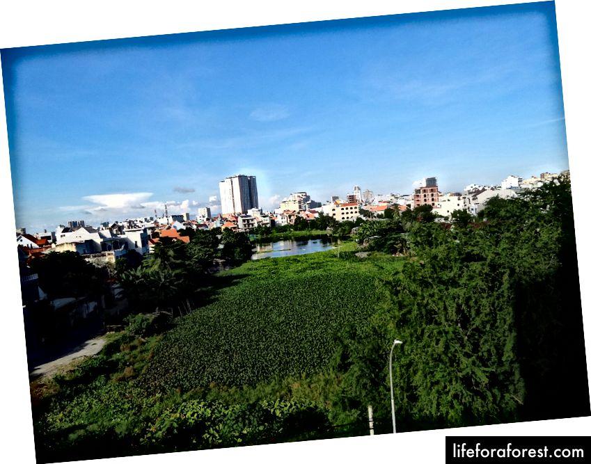 Utsikt fra hotellrommet vårt