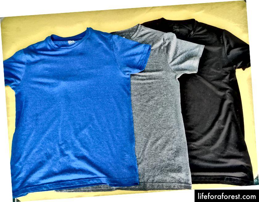 32 grader Clima kule skjorter fra Costco er den beste kvaliteten til rimelige T-skjorter jeg har funnet. De kommer i to pakker med forskjellige fargekombinasjoner.