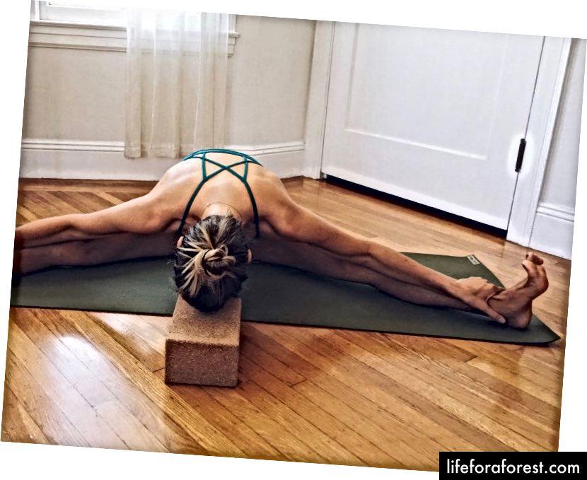 Meg på min elskede Jade Yoga Mat