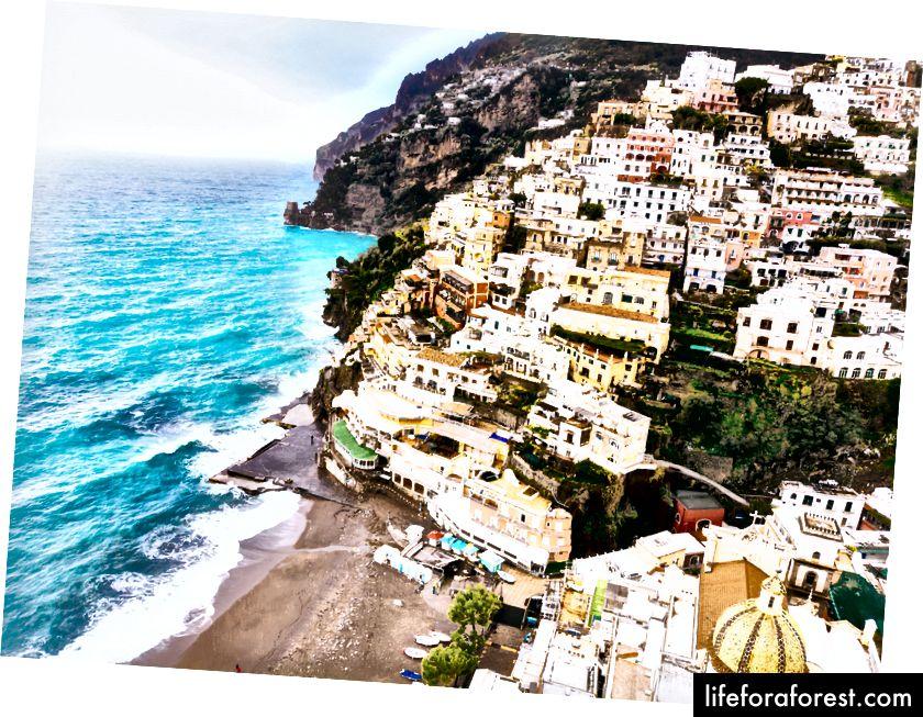 Postiano, en landsby på Amalfikysten i Campania, Italia.