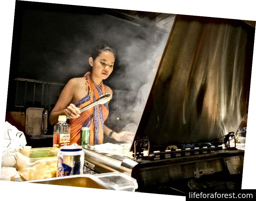 Nikki là một đầu bếp giỏi và nấu ăn bất cứ khi nào cô ấy có thời gian. Ảnh tín dụng: NT.