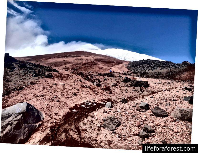 Sandstrendene som utgjør den første delen av oppstigningen