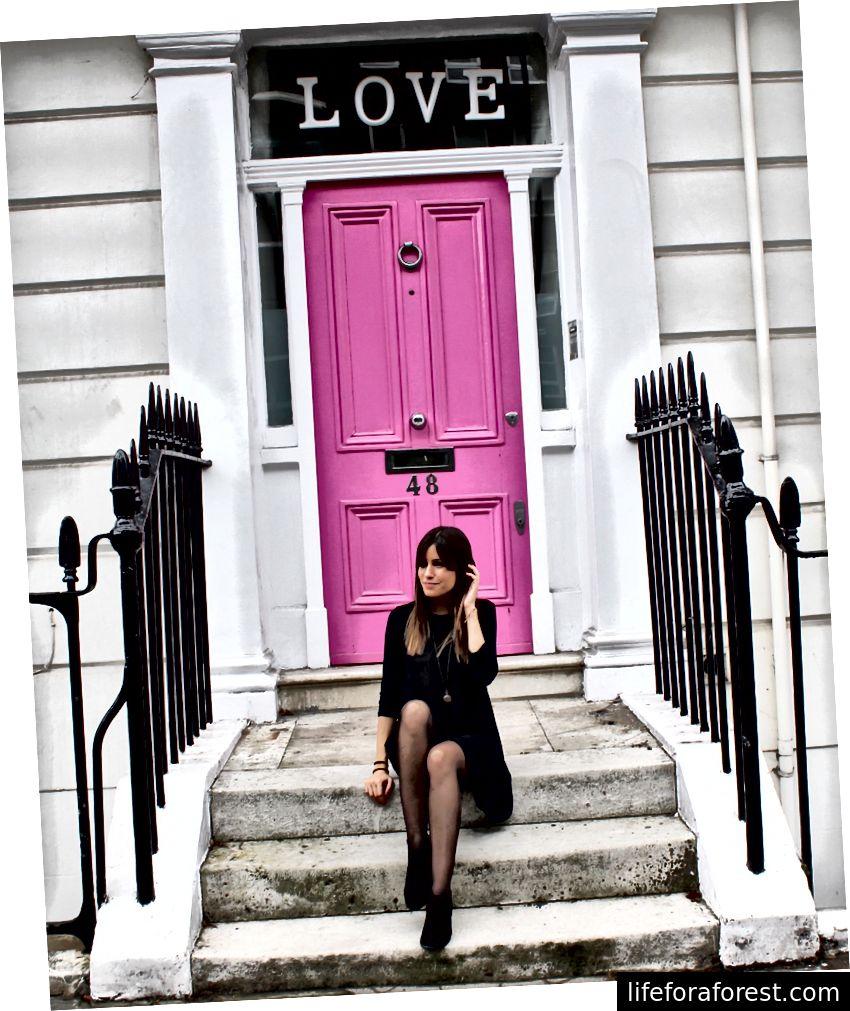 LOVE-døren