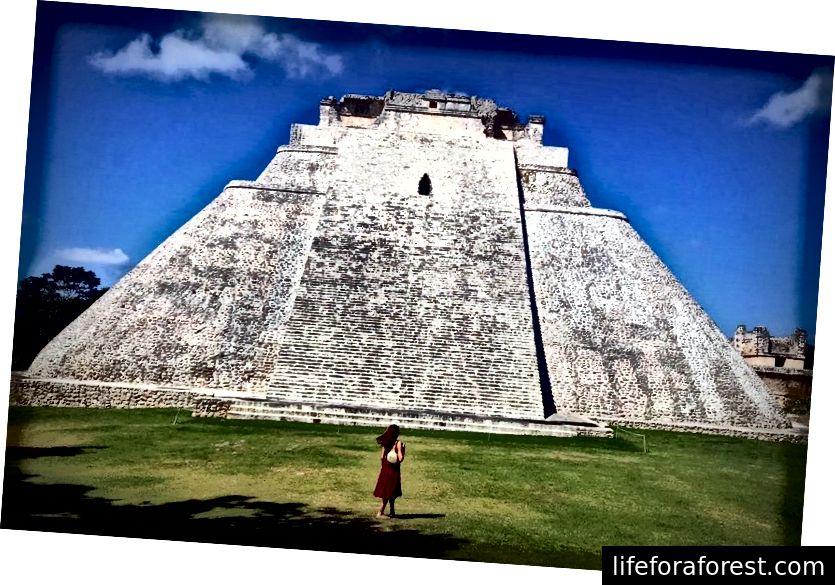 Es, Es un Maija. Izlaidiet Čičenu Itzu un mierīgāk un klusāk uzņemiet piramīdu varenību.