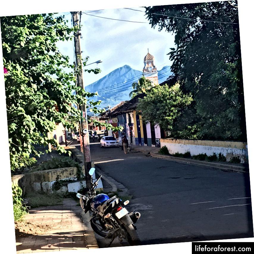 Utsikt over Xalteva-kirken, Granada, Nicaragua