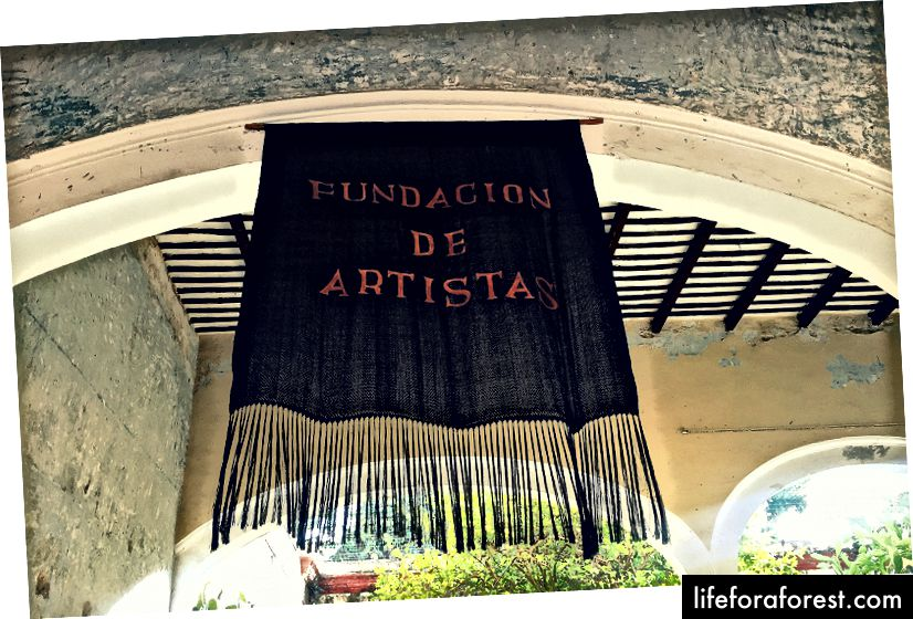 Kom innom denne ideelle virksomheten som tilbyr kunstutstillinger og kulturelle begivenheter i et tradisjonelt 1800-talls hjem.