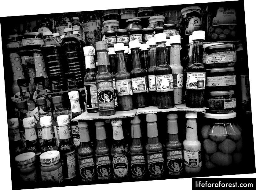 Lokale salsas og krydder gir praktiske velsmakende gaver.