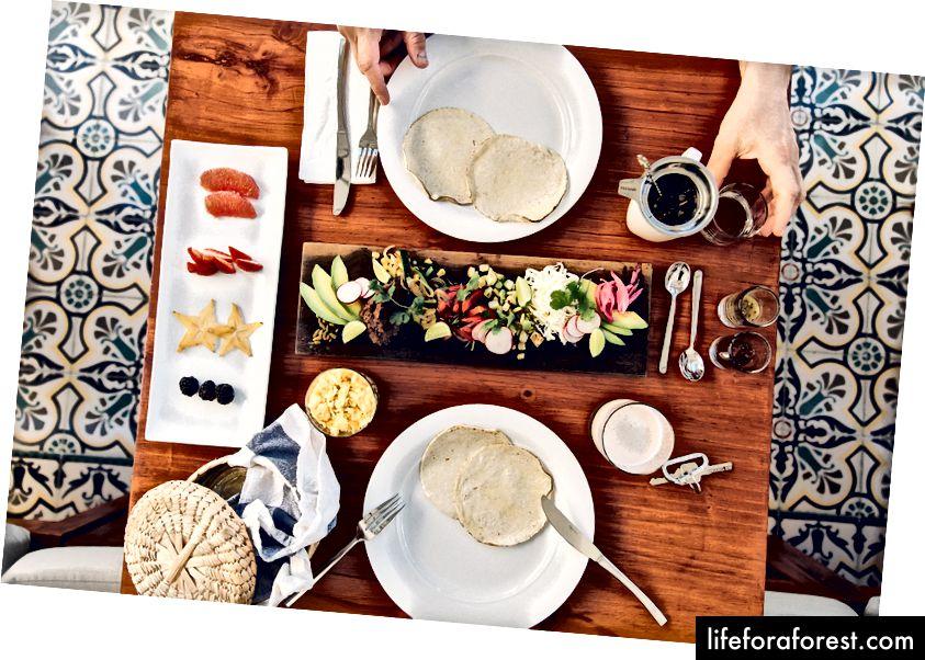 Hjemmelaget veggie-frokost på Diplomat Hotel vil glede vegetarianere og altetende. Bilde: Diplomat Hotel.