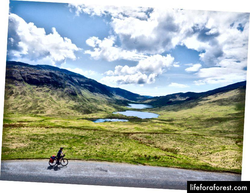 Scoția are atât de multe de oferit celor care o explorează pe două roți.
