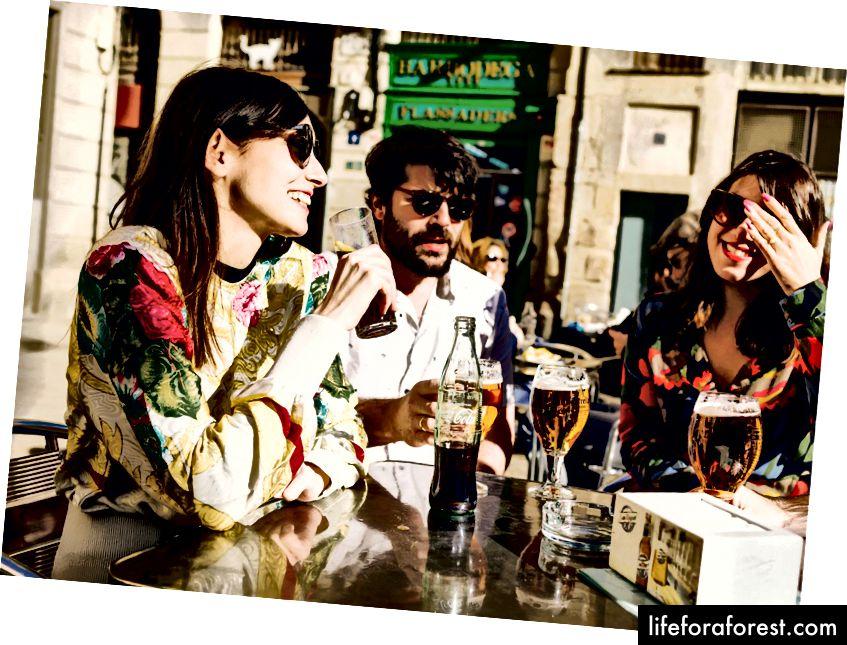 Det fasjonable nabolaget El Born er en favoritt blant lokalbefolkningen for sine mange stilige butikker og livlige restauranter og kafeer.