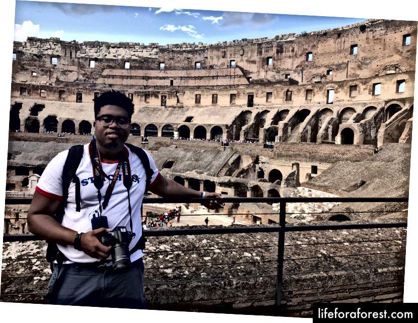 Roma, Italia inne i Colosseum