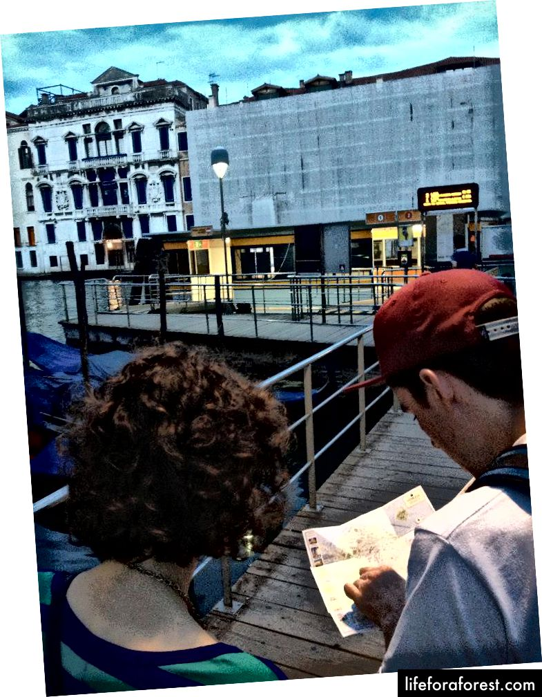 Jenn, Marc og The Useless Map (Mitt foto)