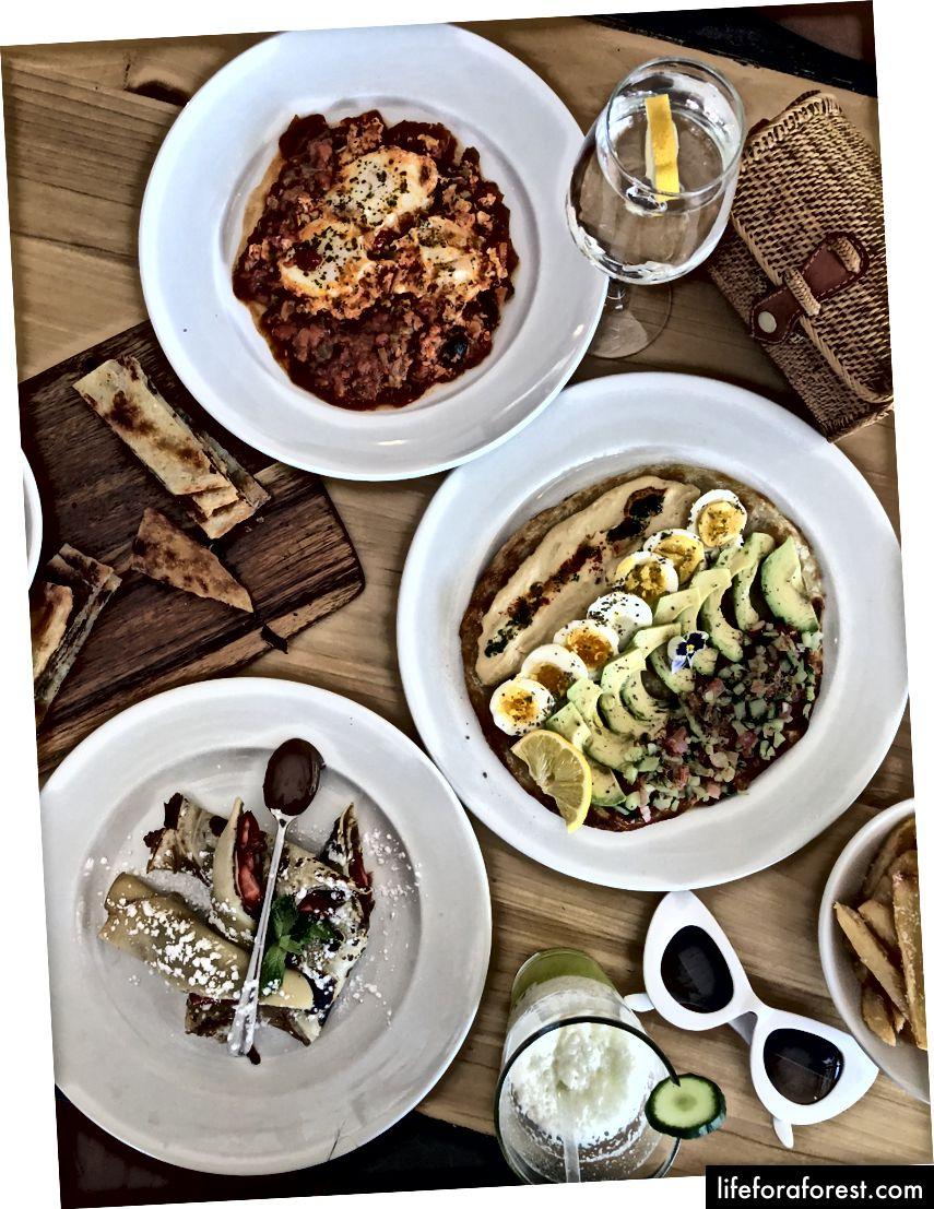 Shashuka, Crepes og Hummus på Pablo Eggs Go Bar | Melville