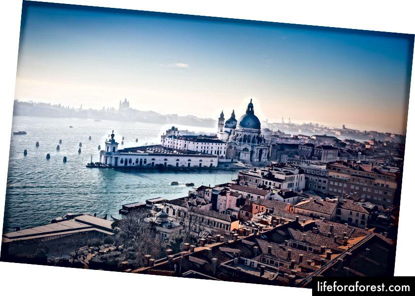 Reiser for å vokse | Venice av Dorian Mongel på Unsplash