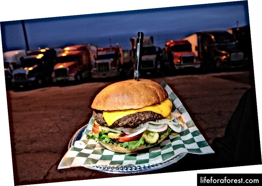 Burger Ethyl (Nguồn)
