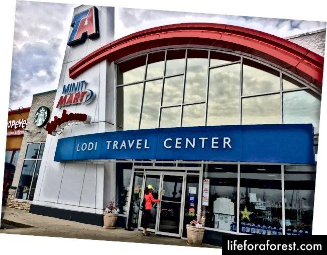 Trung tâm du lịch Lodi (Nguồn)