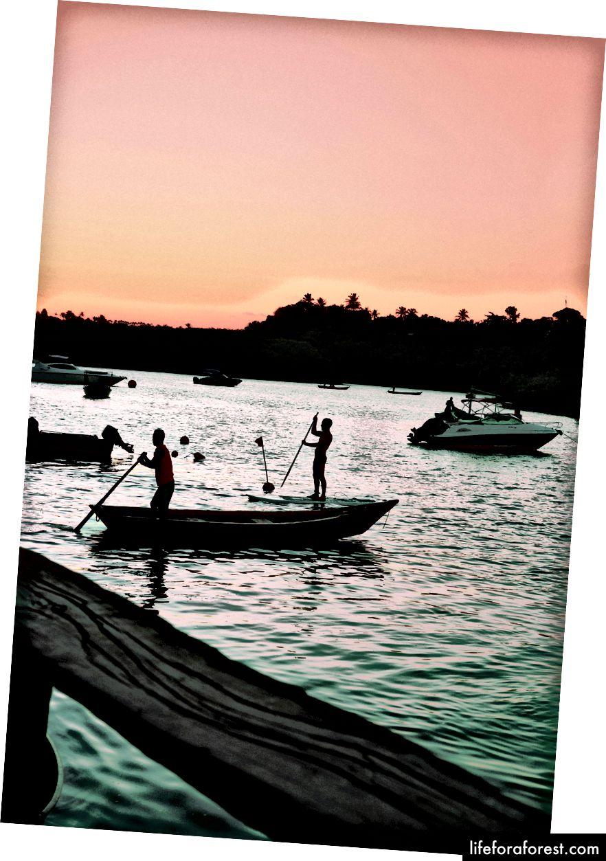 Caraíva sies å være den eldste fiskeværet i Brasil.